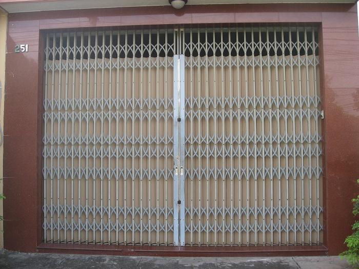 Cửa kéo Đài Loan với thiết kế cũ