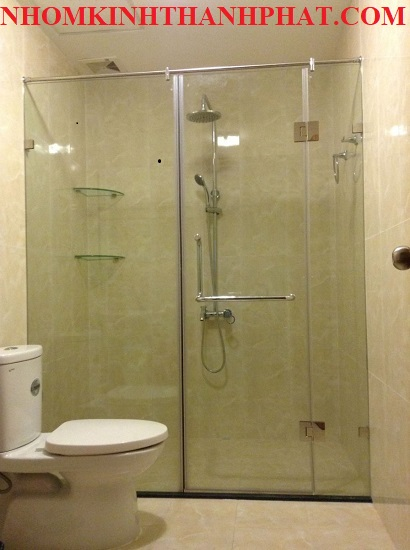 Phòng tắm kính cửa trượt treo thông dụng