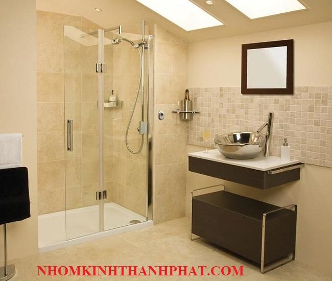Phòng tắm kính sang chảnh đẳng cấp