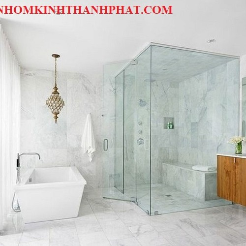 Phòng tắm kính sang chảnhtrong các khu Resort